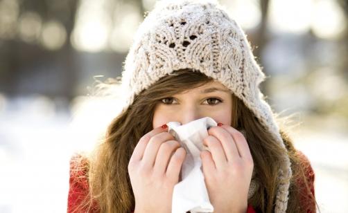 Influenza, picco tra gennaio e febbraio. Piú colpiti i bambini tra 0 e 4 anni.