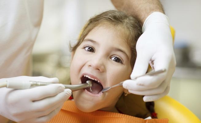 Addio al trapano del dentista: in futuro potremo dimenticarci di uno dei più comuni spauracchi