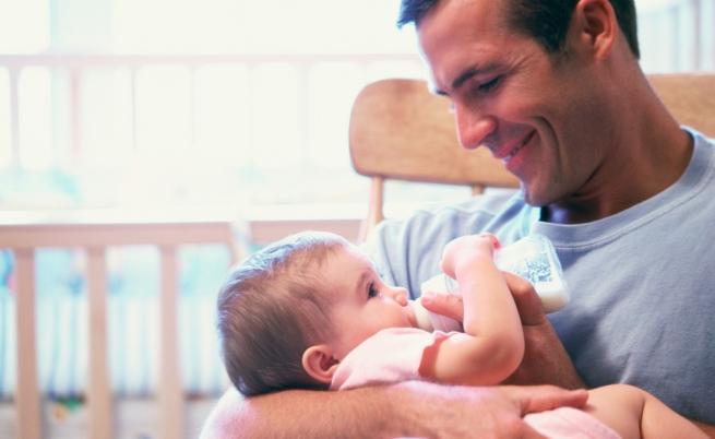 Gravidanza: come i futuri papà influenzano la salute del proprio bambino
