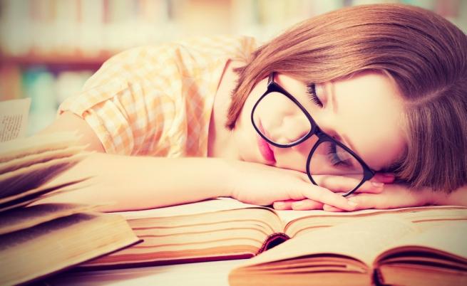 Dormire poco fa male alla salute: vediamo come