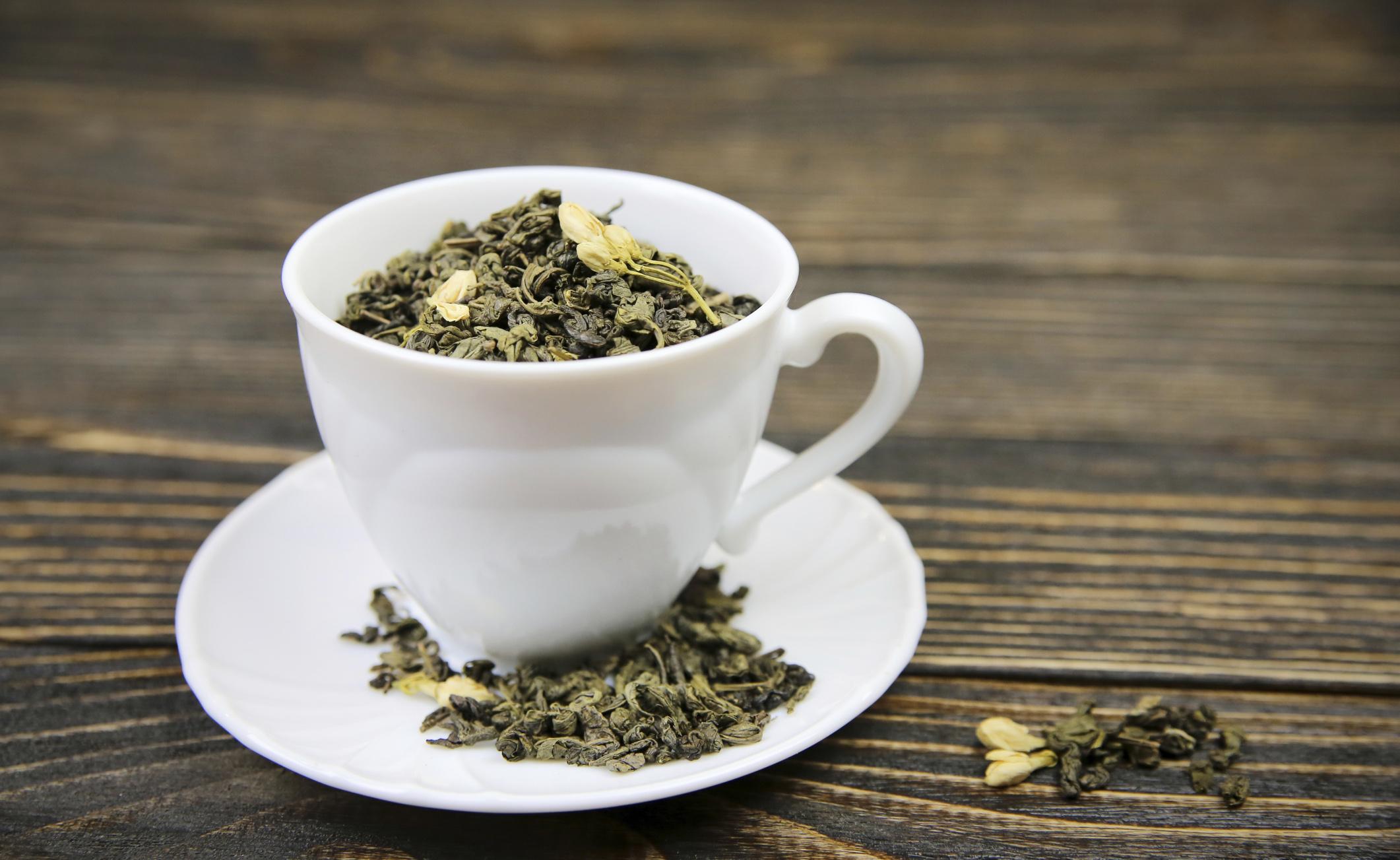 Integratori al tè verde e i rischi per il fegato