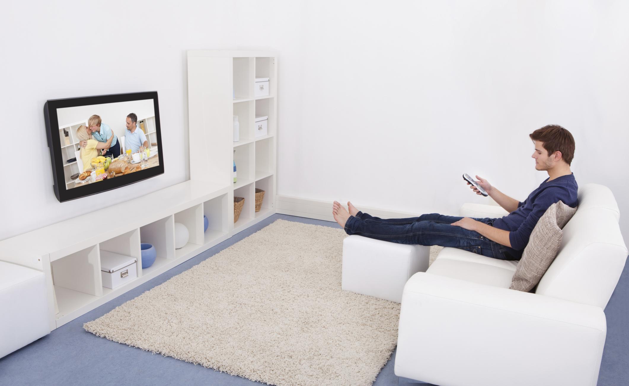 TV compulsiva? Attenzione a depressione e solitudine
