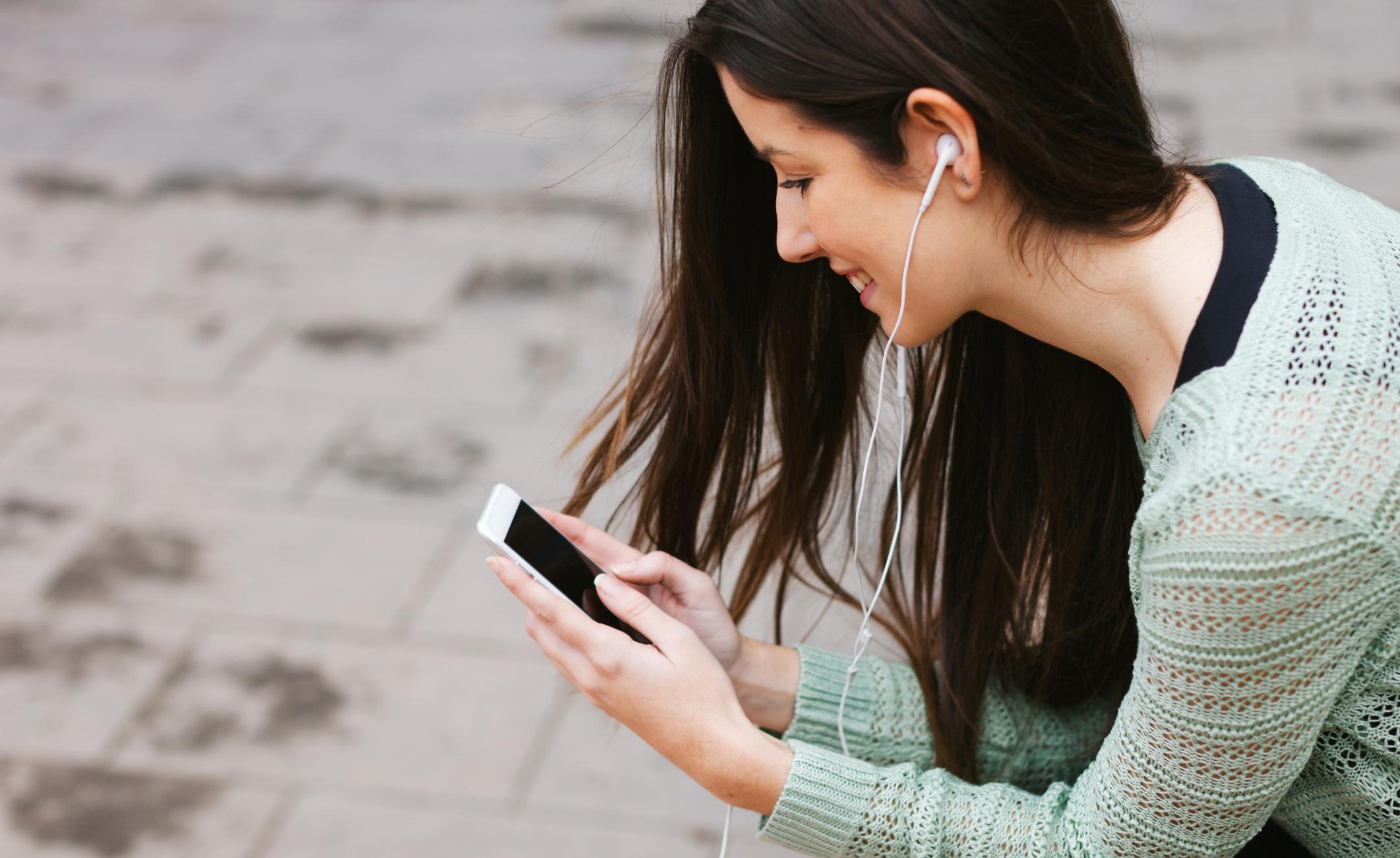 Come l'uso degli smartphone può alterare il nostro cervello