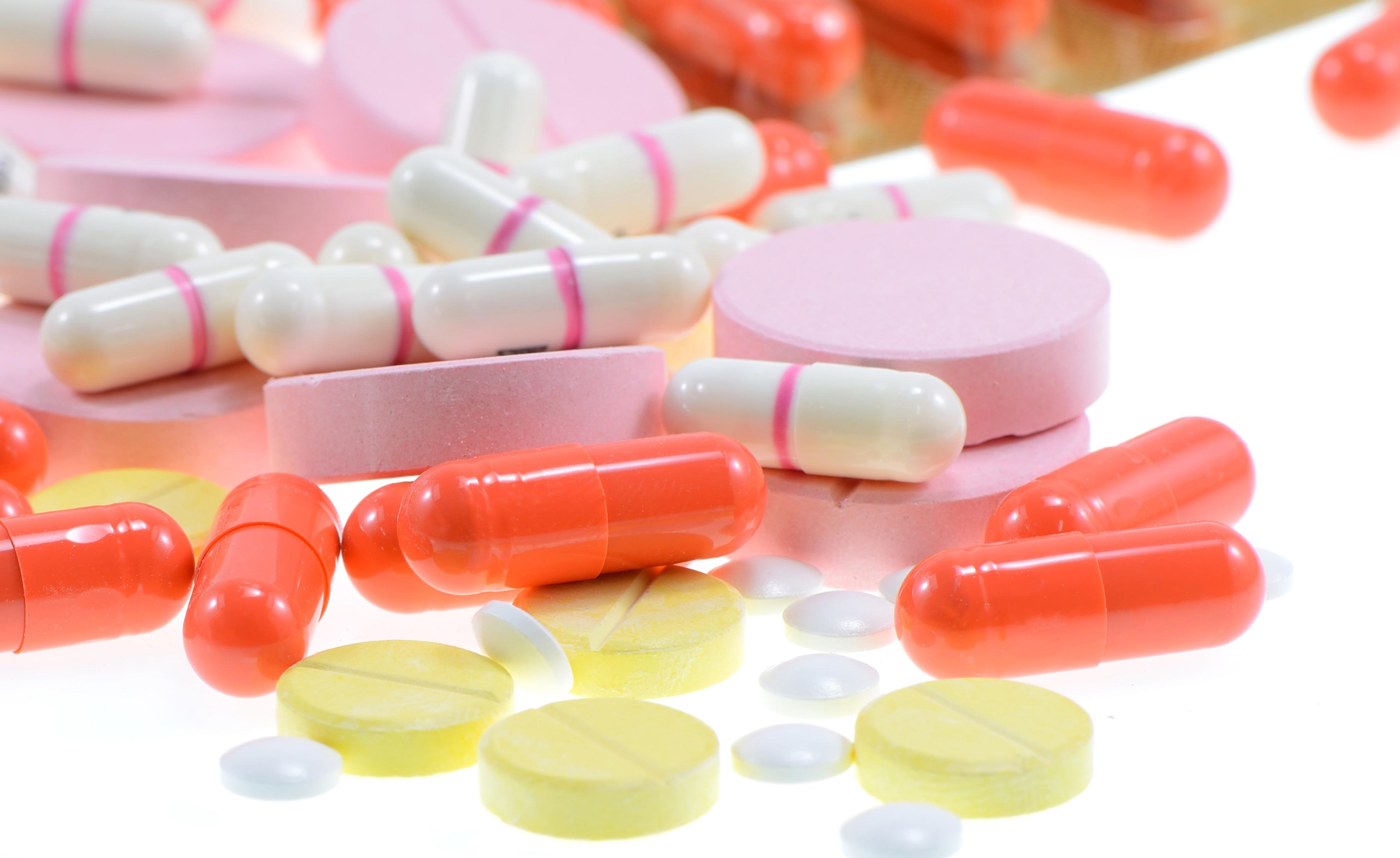 Ecstasy e droghe sintetiche: i rischi per la salute