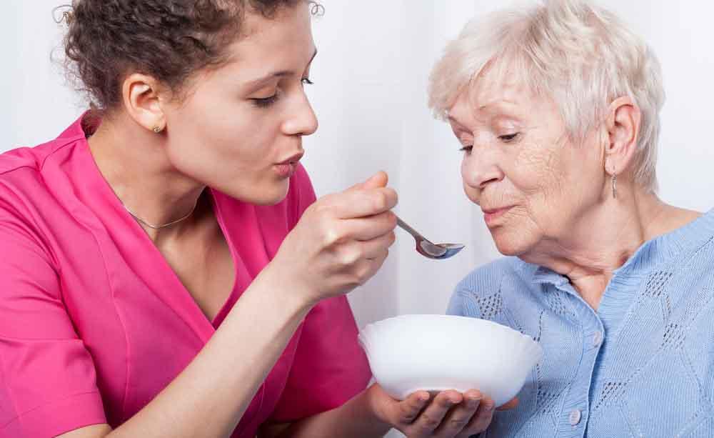 Quali sono le cause di un improvviso dimagrimento in un anziano?