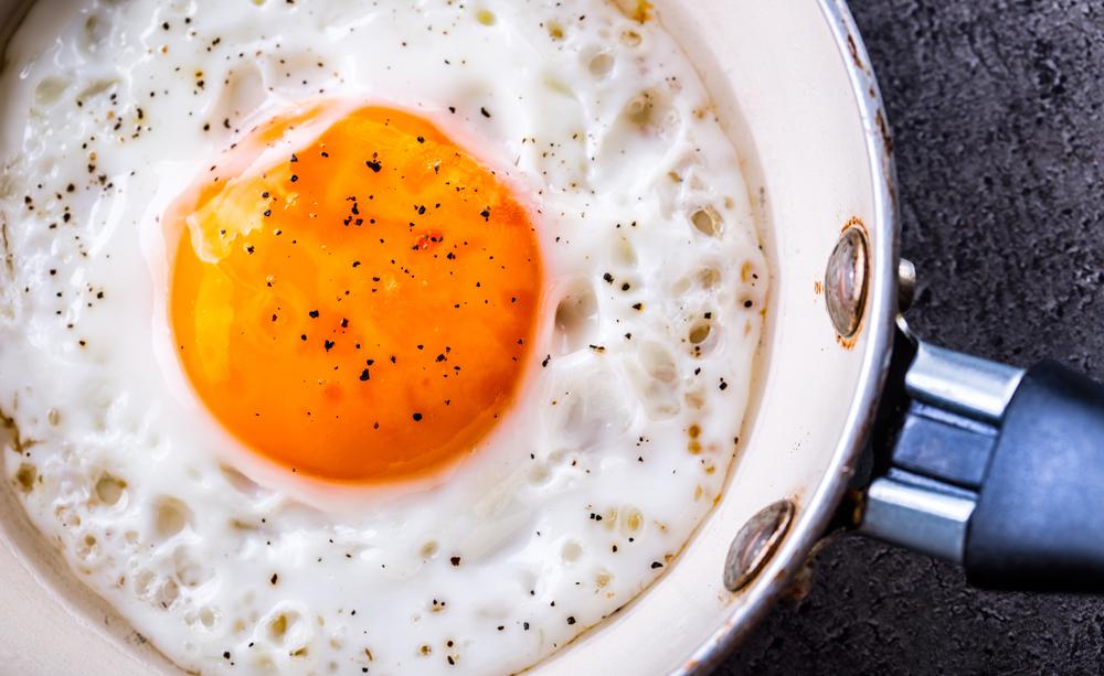 Un uovo al giorno riduce del 12% il rischio di ictus