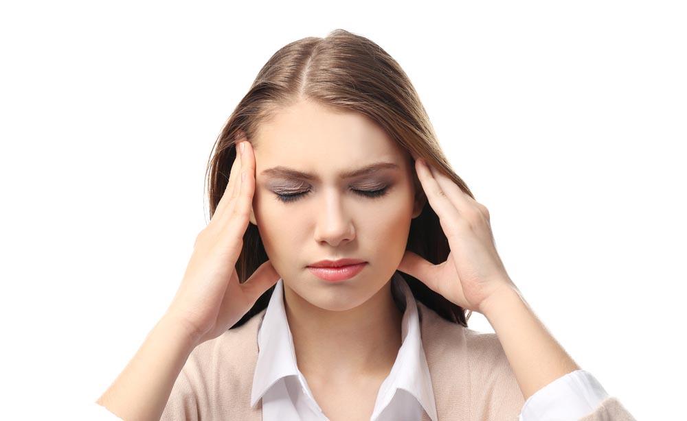 Emicrania, mal di testa e cefalee: quali sono le differenze?