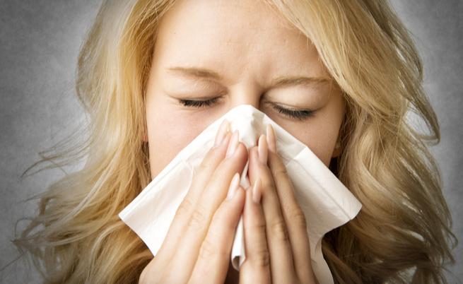 Quando il raffreddore non passa: i rimedi per il naso chiuso