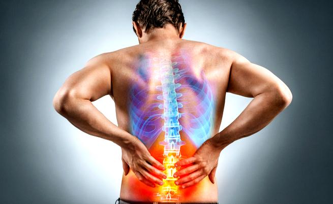 Mal di schiena: 5 posizioni che ti faranno stare subito bene