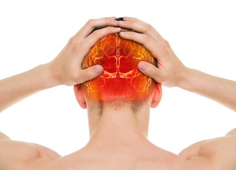 Mal di testa: siete sicuri di masticare nel modo corretto?
