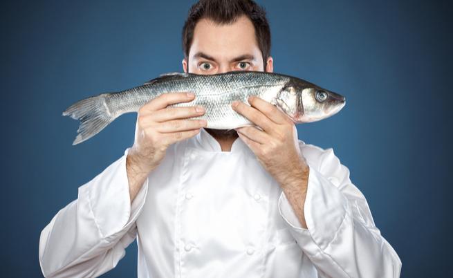 Mangiare pesce fa bene alla memoria: vero o falso?