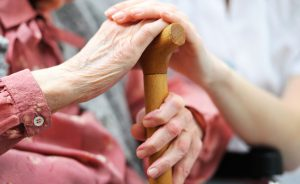 Come scegliere le strutture per anziani