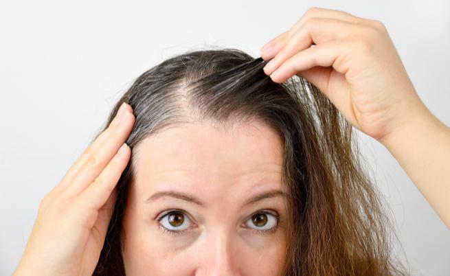 Lo stress causa i capelli bianchi  vero o falso   d8919b2561ae