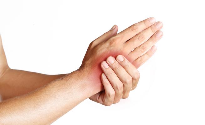Dolore alla mano? Attenzione a queste cinque cause