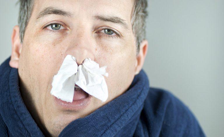 Vediamo se hai provato queste soluzioni contro il naso che cola…